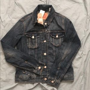 Levi Strauss women's jean jacket